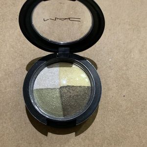 Mac Cosmetics Mineralized eyeshadow quad.